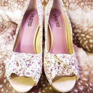 💥 Very cute Unlisted floral heels 💥